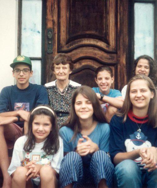 Juliano, Ana, Camila, Paola, Carina, Gabriela e Renata.