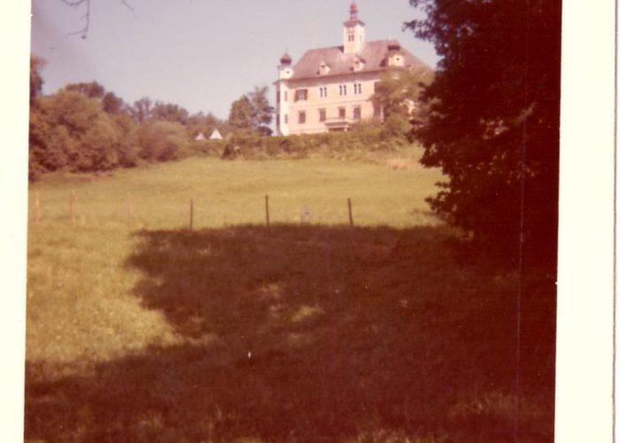 Vista de frente do castelo de Spielberg.