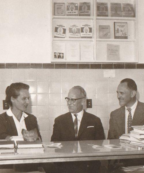 Ana e Artur com o professor Josef Kisser, ex-reitor da Universidade Boku, em Viena.